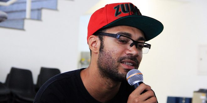 """Web Serie """"Trilhas do Hip Hop"""" com Mano Réu falando sobre Educação"""